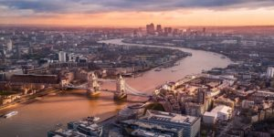 Flights to London from $1078 return flying Qantas/Emirates (SYD/MEL/CBR/ADL/PER)
