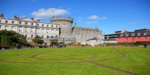 Flights to Dublin, Ireland from $926 return flying Qatar Airways – Save $170!